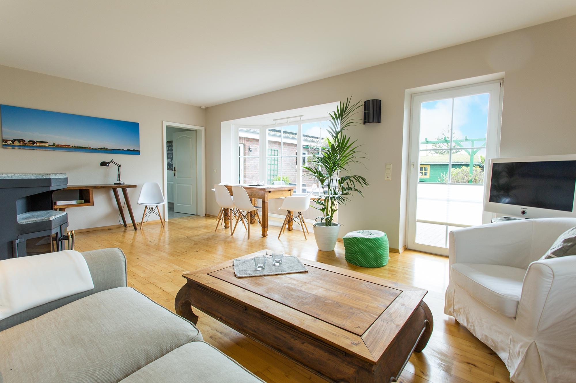 ferienwohnungen auf fehmarn urlaub im strandhaus gold auf fehmarn. Black Bedroom Furniture Sets. Home Design Ideas